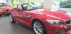 Giao ngay xe BMW Mui trần BMW 420i BMW Z4 Màu Trắng,Đỏ,Xanh Miễn phí Toàn Quốc Giao xe Bán xe trả góp BMW long Biên, Ảnh số 2