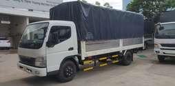 Xe tải Fuso canter 8.2, thùng mui bạc đóng sẵn, giao xe ngay, giá rẻ.