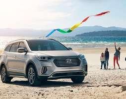 Hyundai Santafe 2017 giá tốt. Tặng ngay 50% bảo hiểm thân vỏ Mạnh .