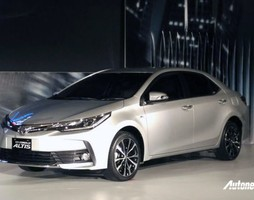 Toyota Corolla Altis 1.8G 2017 Facelift Full option.