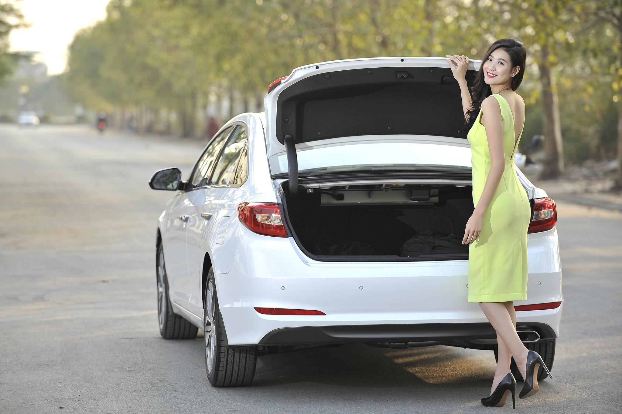 Hyundai Sonata 2015 Phong cách lịch lãm. Bán Sonata 2015 full Option giá tốt nhất Ảnh số 36463510