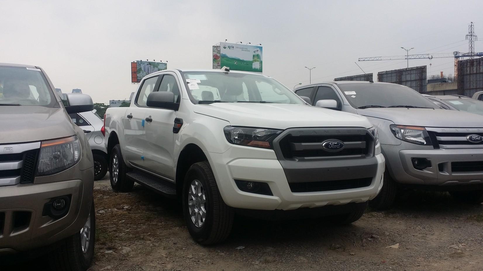 Ford Ranger XLS 4x2AT phiên bản 2017. Đủ mầu, giao xe sớm, hỗ trợ trả góp mọi tỉnh thành Ảnh số 37809169