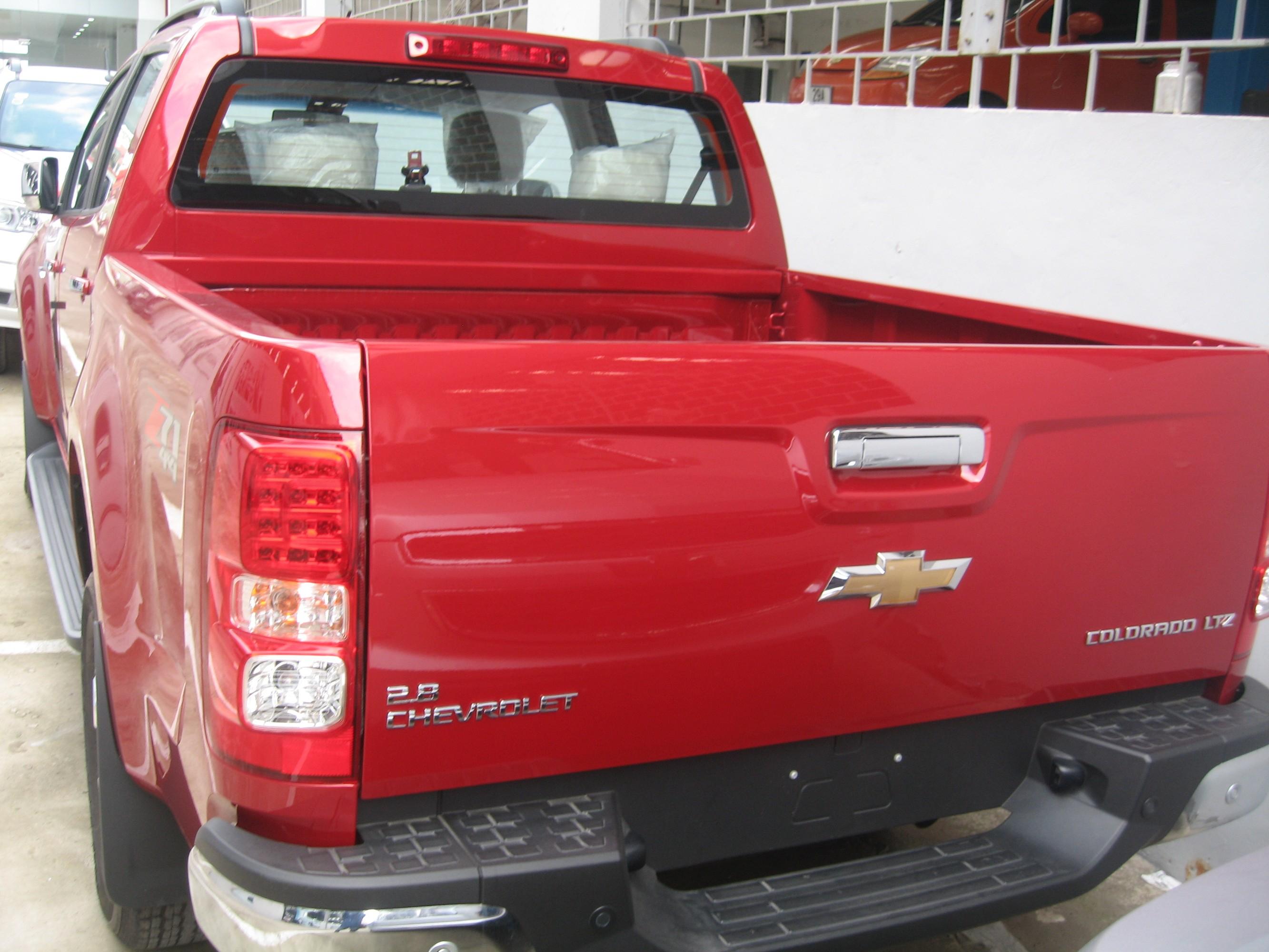 Hãy chọn đại lý Chevrolet Hà Nội để mua Colorado 2.8 ltz.Quý khách sẽ hài lòng về giá và dịch vụ sau bán hàng. Ảnh số 37867279