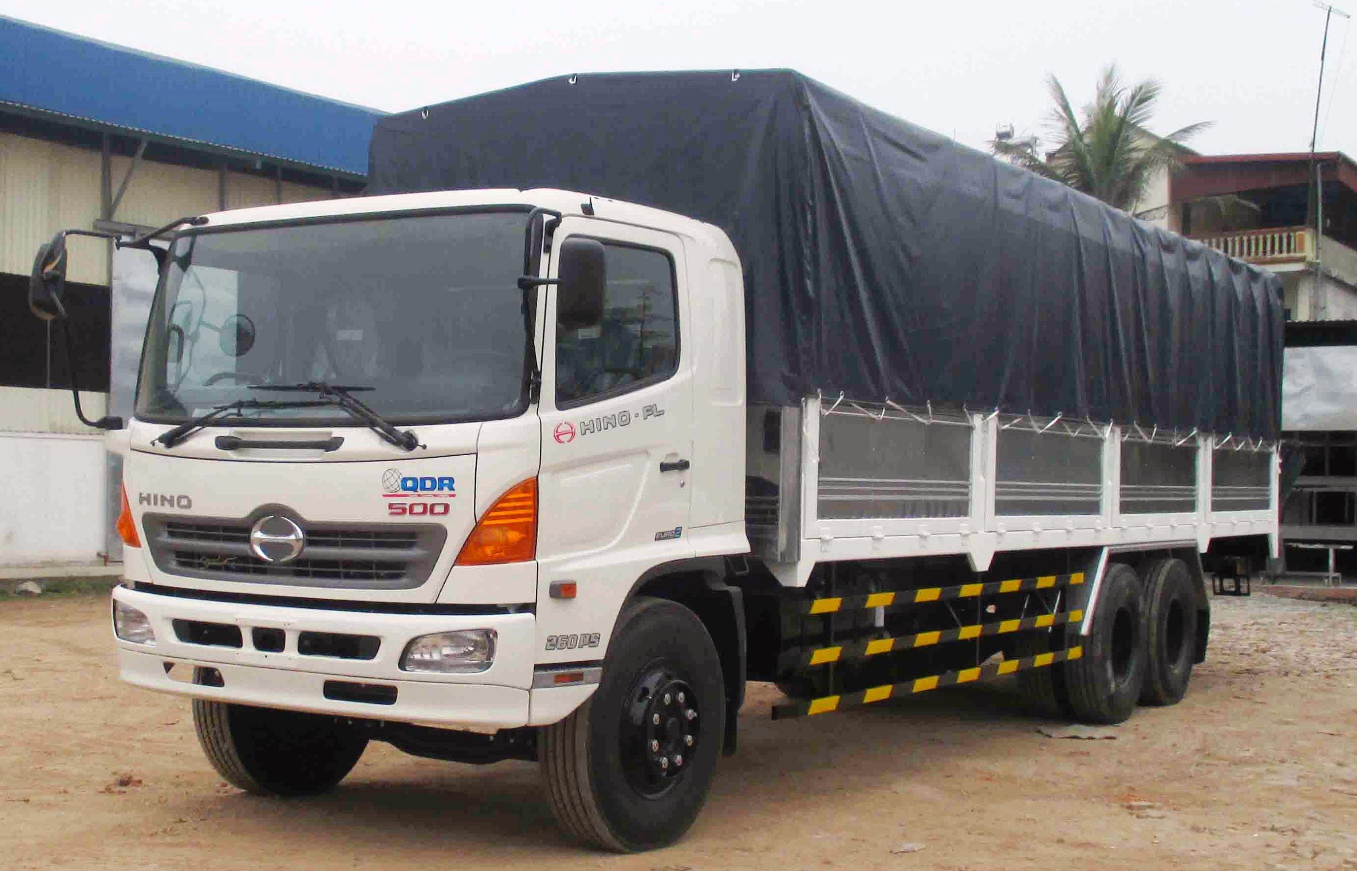 Bán xe tải hino 3 chân thùng bạt - Mua xe tải hino 3 chân thùng bạt - xe tải hino 3 chân - hino
