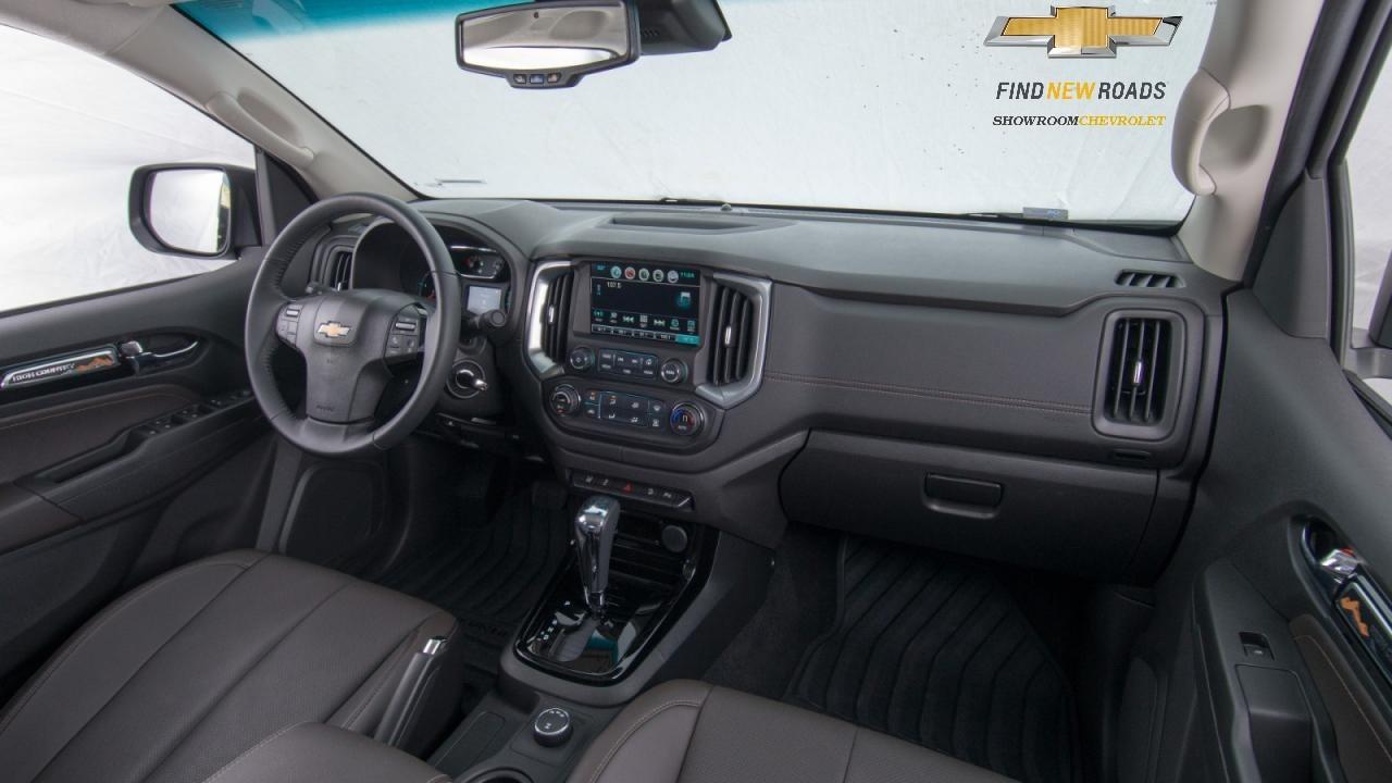 Xe bán tải Chevrolet Colorado 2017 rẻ nhất Hà nội, Colorado 2.8 AT MT 2 cầu, 2.5 MT 1 cầu 2 cầu, Mua xe bán tải trả góp Ảnh số 39742931