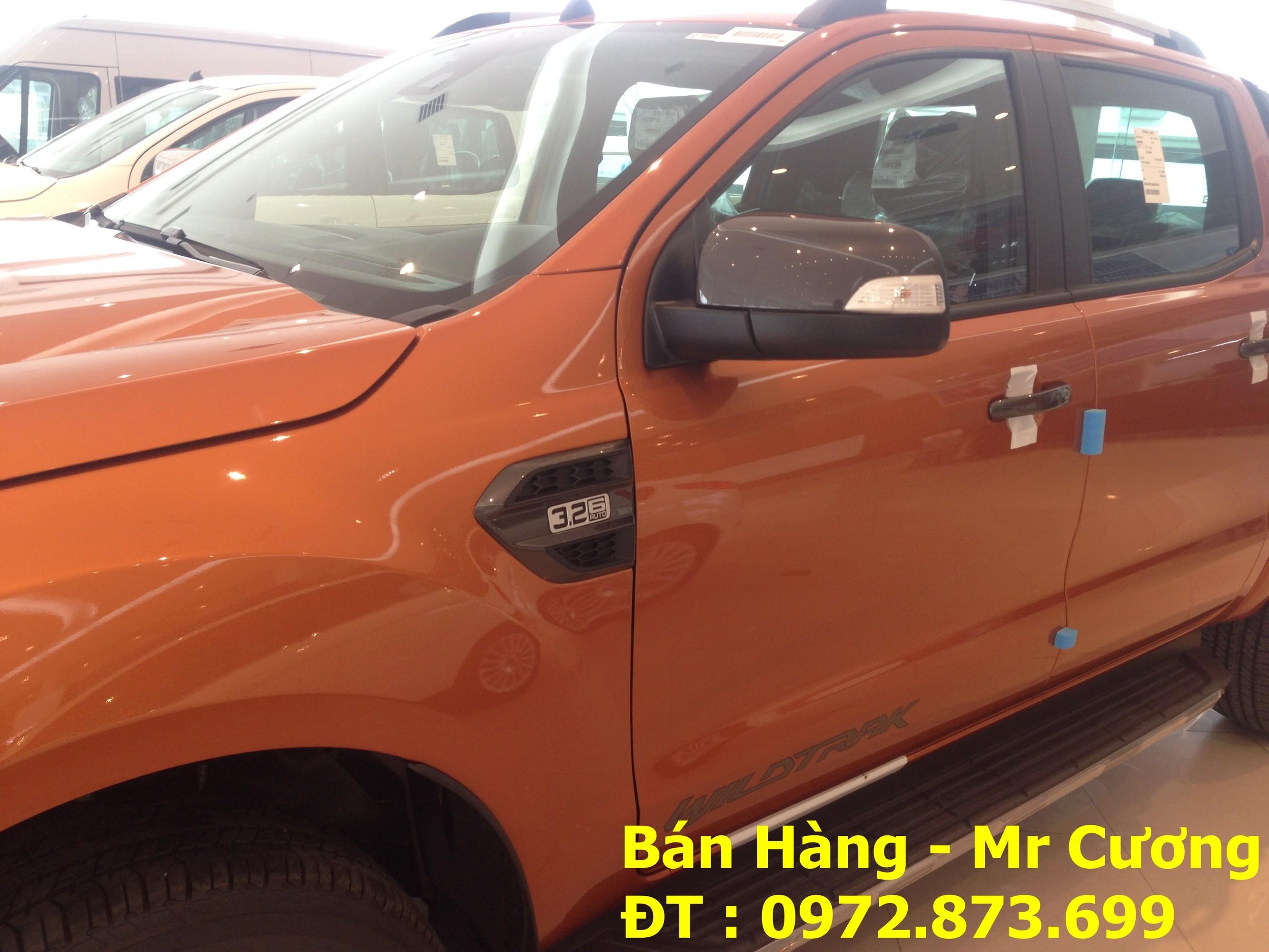 Xe bán tải Ford Ranger Wildtrack 3.2 AT màu cam giao xe ngay Ảnh số 40388399