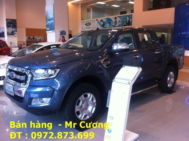 Xe bán tải ford ranger xlt 2.2 mt màu xanh thiên thanh giao xe ngay Ảnh số 40388847