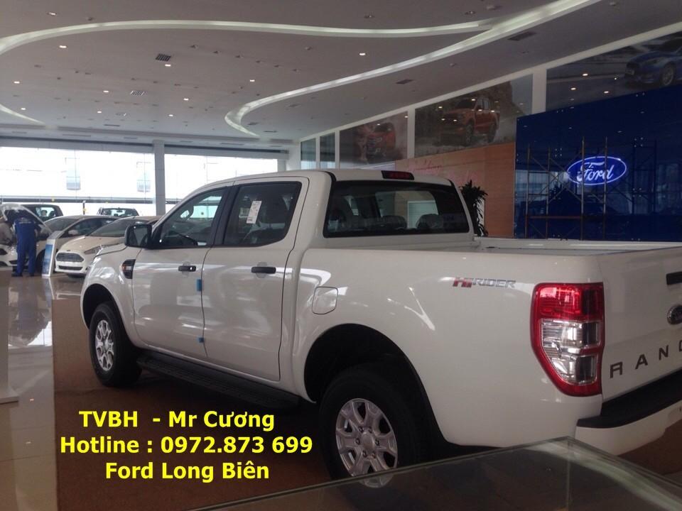 Bán xe Ford Ranger 2.2 XLS 4x2 AT màu trắng giá tốt nhất miền Bắc Ảnh số 40588617