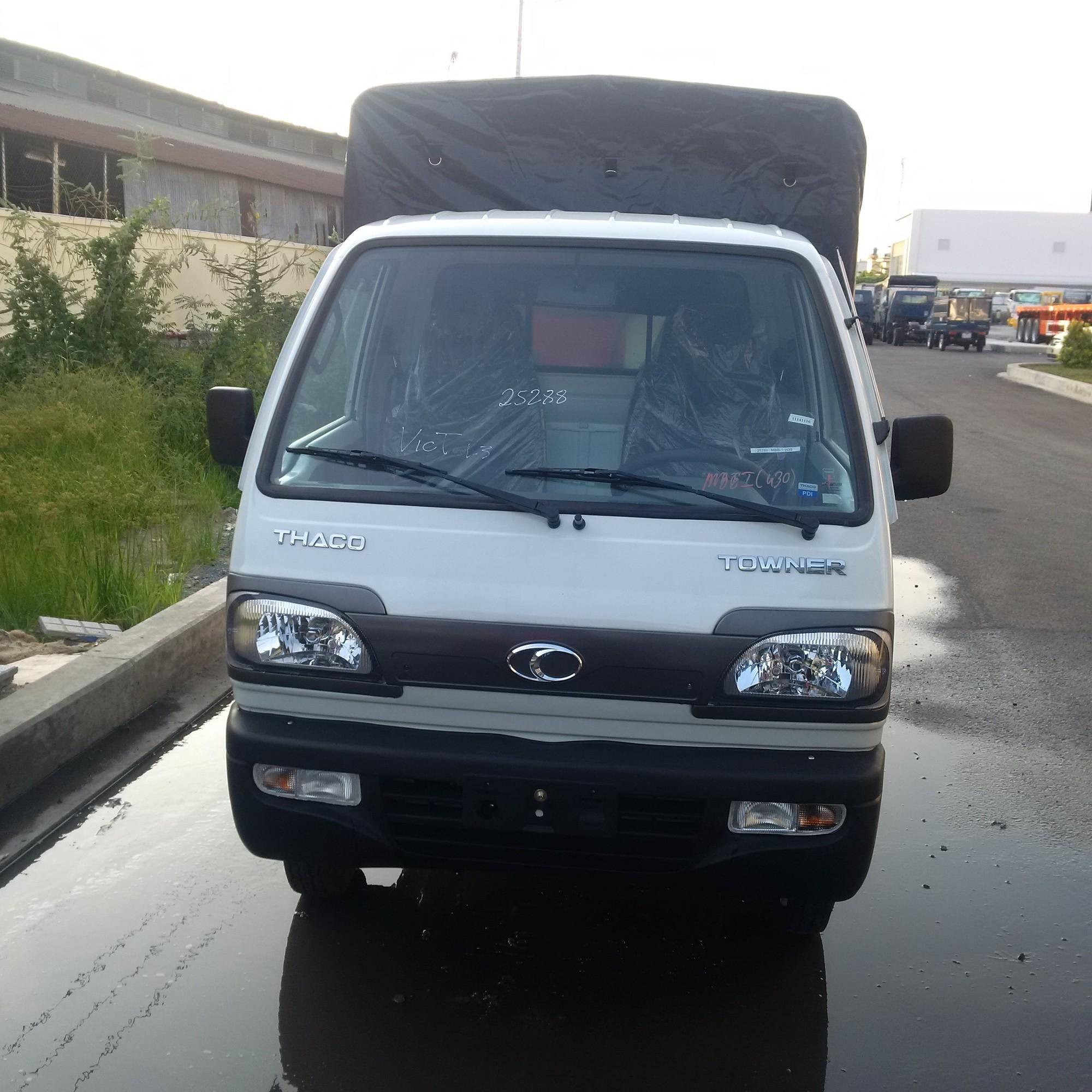 Bán xe towner750 thùng bạt 650kg máy xăng, phun xăng điện tử Ảnh số 40584527