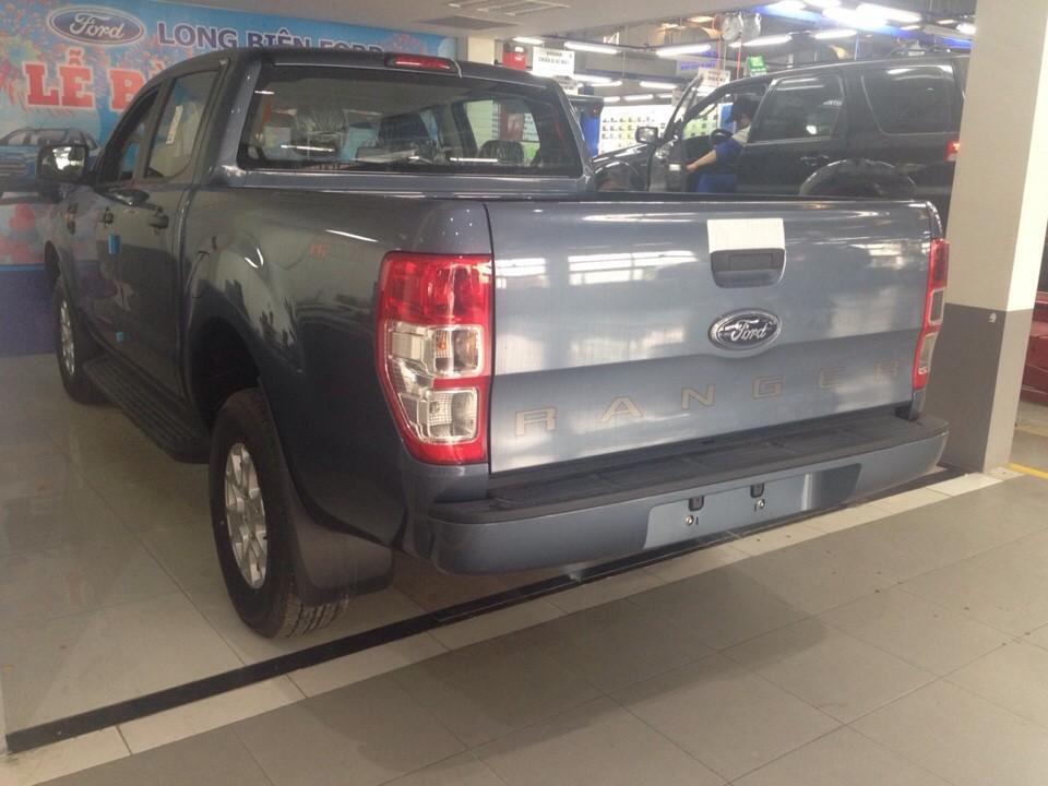 Bán xe Ford Ranger XLS 2.2L 4x2 AT màu xanh thiên thanh giá tốt nhất giao xe ngay Ảnh số 40671843