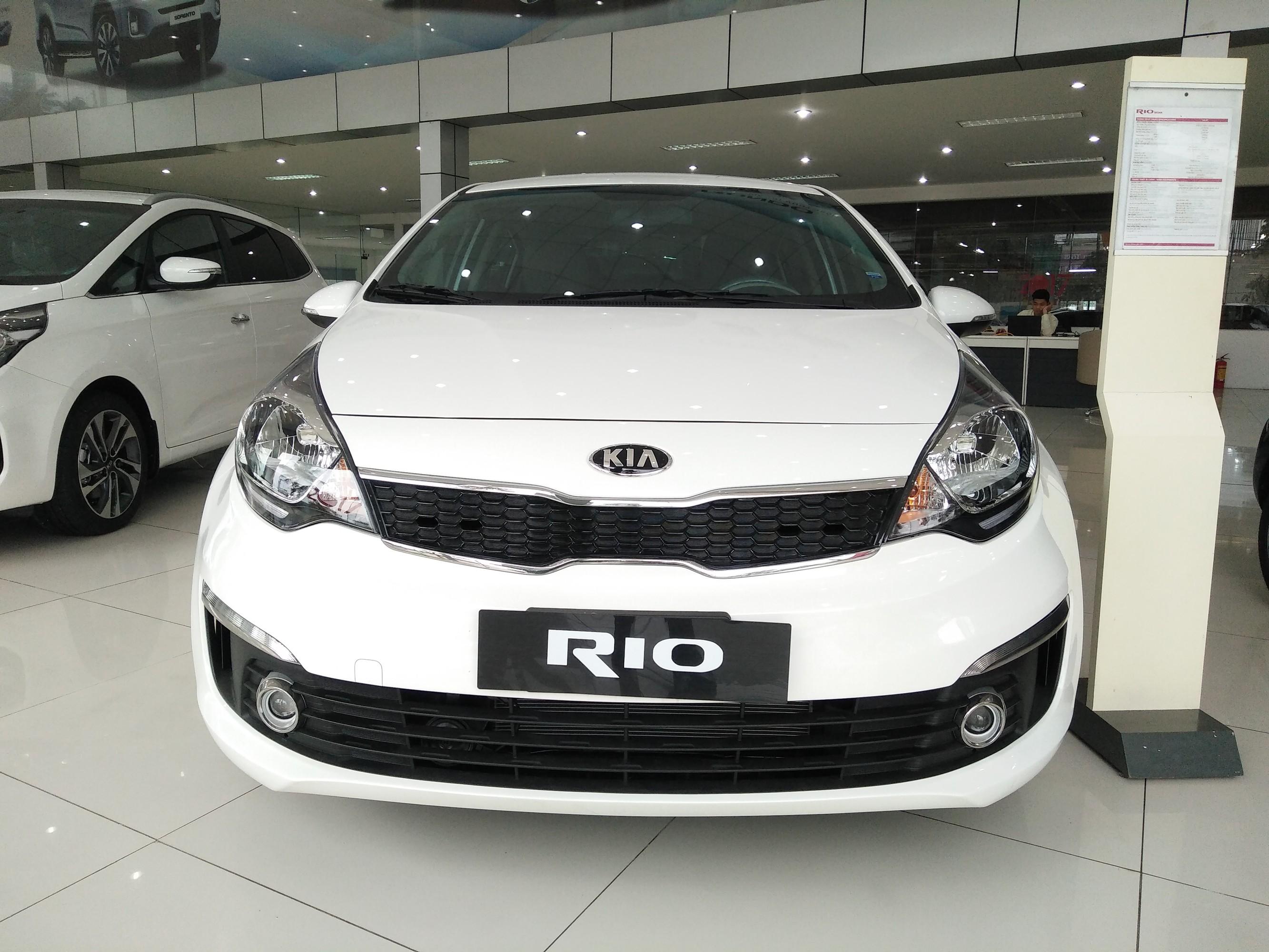 Kia Rio sedan số tự động nhập khẩu giá tốt nhất Hà Nội, Rio AT 2017 mới 100%, kia cầu diễn bán rio sedan AT nhập khẩu. Ảnh số 40810445