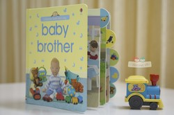 Ảnh số 39: Look and Say Baby Brother - Giá: 159.000