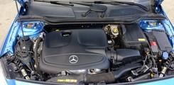 Bán xe Mercedes A250 AMG 2014. Giá xe A250 AMG cũ chính hãng tốt nhất. Xe A250 cũ., Ảnh số 4