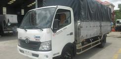 Giá xe tải Hino 4,5 tấn, 5,2 tấn, 6 tấn, 6,4 tấn, 8 tấn, 9,4 tấn, 15 tấn, 16 tấn mui bạt, thung kín, đông lạnh, gắn cẩu, Ảnh số 1