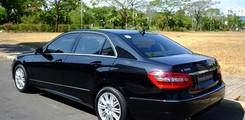 Bán xe Mercedes E 300 2010 . Giá xe E 300 2010 cũ chính hãng tốt nhất. Xe E300 2012 E Class cũ., Ảnh số 2