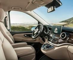 Xe Mercedes V 220 Avantgarde 2015 dòng xe 7 chỗ máy dầu số tự động 7 cấp khuyến mãi cực lớn tại Mercedes Trường Chinh, Ảnh số 2