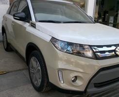 Suzuki Vitara 2016 Nhập khẩu Châu Âu Trắng Ngà Nóc Đen Xe có sẵn, Ảnh số 1