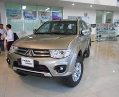 Mitsubishi Pajero Sport AT 4x2 nhiều khuyến mãi nhất miền Nam có trả góp liên hệ 0906.884.030, Ảnh số 2