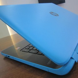 HP pavilion 17,Quad-Core A8-6410 , 8GB RAM, 1TB HDD, Radeon R5, 17.3(1600*900)