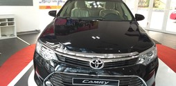 Toyota camry 2.0E 2016 mới.