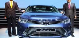 Toyota Hà Đông bán Toyota Camry 2.5G màu đen,màu bạc,màu be ánh kim...