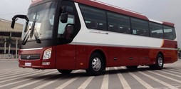 Đại lý chính thức bán xe Hyundai Universe Noble 47 ghế ngồi Giườn.
