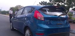 Bán các dòng xe FORD FIESTA giá cực sốc, khuyến mại lớn, giao xe n.