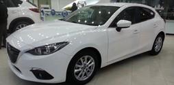 Mazda 3 2017 hachtback màu trắng giá rẻ nhất khuyến mãi tưng b.