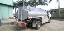 Xe chở xăng dầu 6m3 Dongfeng, hàng sẵn giao ngay.