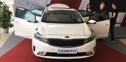 Kia Giải Phóng Bán xe Kia Cerato 1.6AT 2017 CTKM Lớn Trả Góp 85% giá t.
