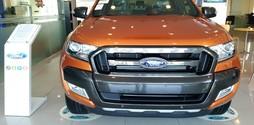 Ford Ranger WildTrak 3.2 2017 AT khuyến mại khủng,đủ màu, có xe giao .