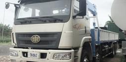 Xe tải FAW gắn cẩu DONGYANG 8 tấn, hàng giao ngay chỉ hơn 1,8 tỷ.