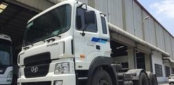 Xe đầu kéo hyundai hd1000 nhâp khẩu từ hàn quốc.