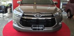 Toyota Innova 2.0V phiên bản cao câp full option 2017, giá đặc biệt.