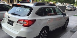 Subaru Outback 2.5 với thiết kế rộng rãi,sang trọng.