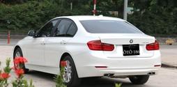 BMW 320i 2013 hàng đặt thêm có camera de.
