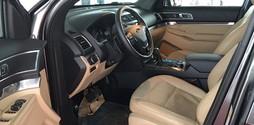 Ford Explorer 2.3L Ecoboost 2017, nhập khẩu từ USA.