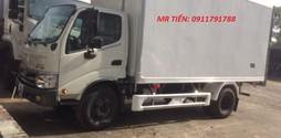 Bán xe tải Hino 300 series , 3,5 tấn thùng mui bạt, thùng kín, thùng .