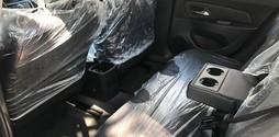 Sắm xế sang đón tết cùng New Chevy Cruze 1.8LTZ màu đen sang trọng .