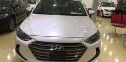 Bán xe Hyundai Elantra 1.6 AT 2016 mới 100%, giá tốt.