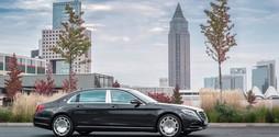 Xe Mercedes Maybach S400 chính thức ra mắt, giá hấp dẫn.