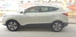 Hyundai Tucson 2 cầu 4x4, nhập khẩu, màu vàng cát, sx 2013.