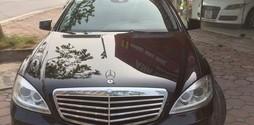 Tôi cần bán Mercedes S300 model 2011 màu đen chính chủ, xe rất mới .