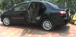 Toyota Vios E màu đen sản xuất 2011 chính chủ biển Hà Nội.