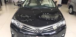 Toyota Corolla Altis 2017 giam gia SIEU KHUNG giao xe ngay.