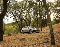 Outback 2017,Bán xe Subaru Outback 2.5 2017,Giá xe Subaru Outback 2017, Xe Sub.