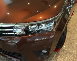 Toyota Tân Cảng bán Toyota Corolla Altis 1.8G số tự động.