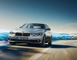 BMW Series3 2016, 2017, 320i và 330i 2016, 2017 hoàn toàn mới, Nhiều màu.