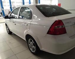 Chevrolet aveo khuyến mại lớn TẶNG TIỀN MẶT PHỤ KIỆN tại chevr.