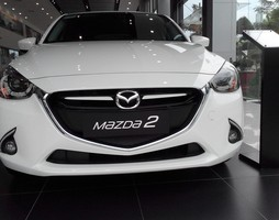Mazda 2 HB All new mới 100%, mazda 2 nhiều màu sắc nhiều ưu đãi cự.